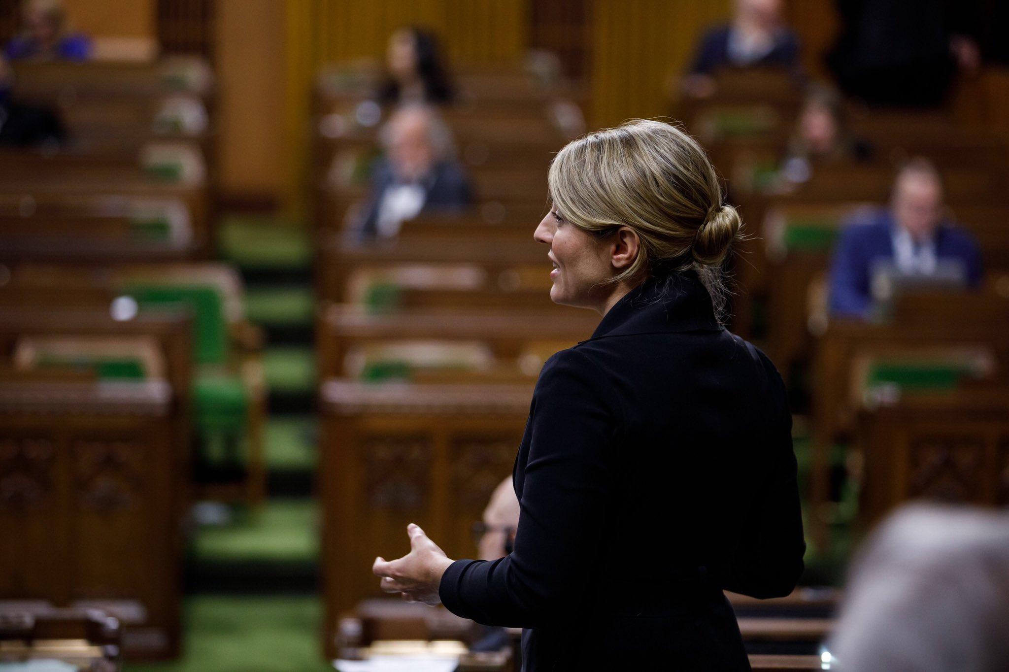 La FCCF salue le projet de réforme de la Loi sur les langues officielles, appelé à renforcer la langue et la culture françaises partout au Canada
